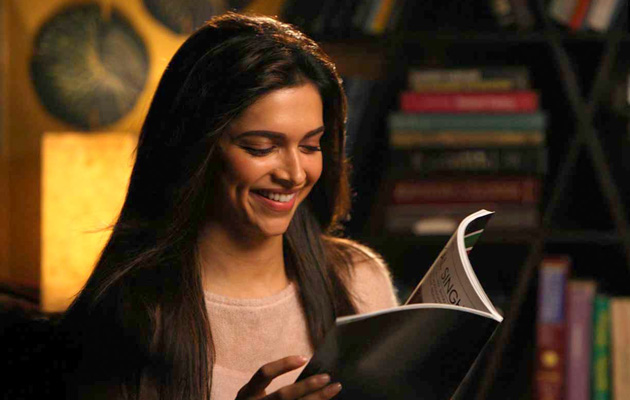 50 Reasons To Date a Girl Who Reads
