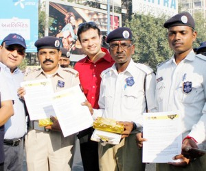 Traffic police officers across Ahmedabad felicitated by Traffic Action Force!