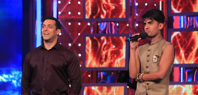 Salman Khan and Sushant Divgikar on the set of Bigg Boss