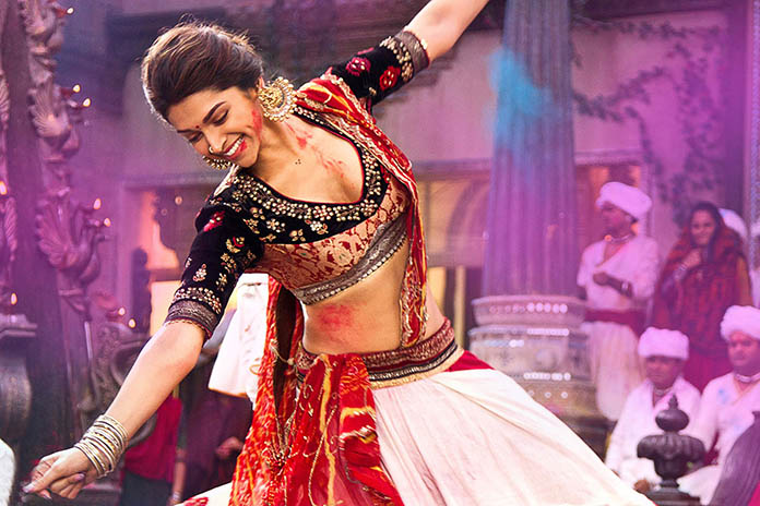 10 Indian things that Instantly make a Girl more Attractive