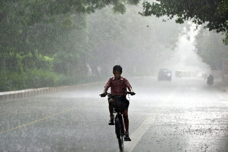 10 Signs That You're Done With The Rains