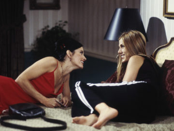 30 Things to Do With Your Best Friend At Least Once!