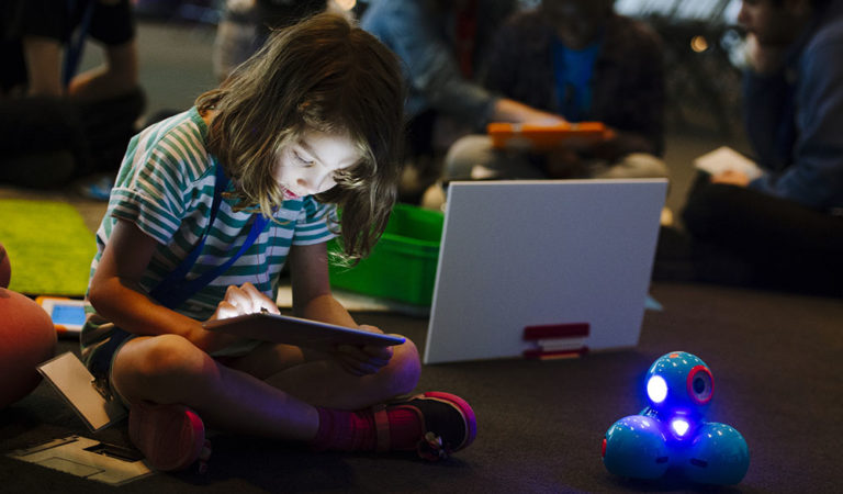 Here Is How Technology Is Shaping The Future Of Education!