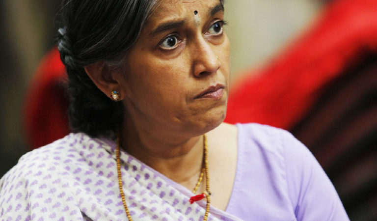 10 Signs That You Have Pissed An Indian Mother